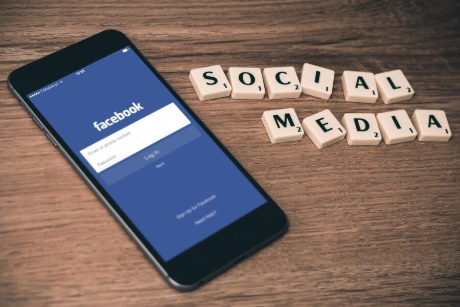 Jak prowadzić firmowe social media?